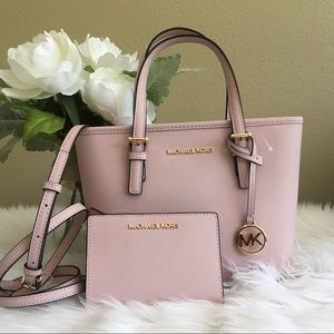 Michael Kors Carryall Tote/Crossbody Bag & wallet
